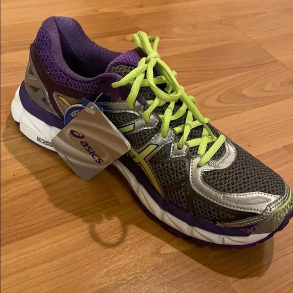 Brand new Asics Gel Kayano running shoes sz 9.5